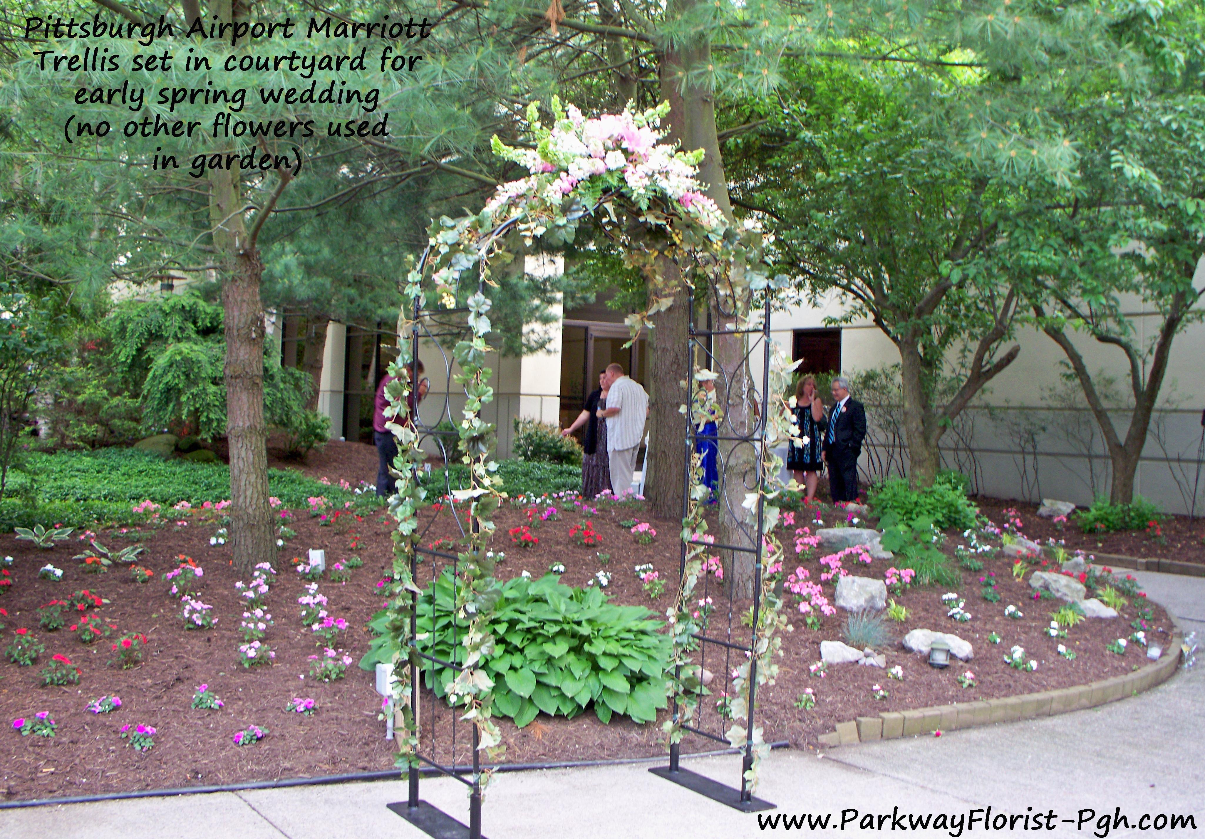 Trellis Outdoor Wedding Ceremonies: Trellis Set In Courtyard For