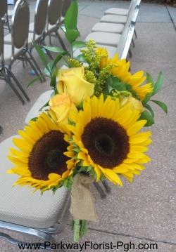 pam-pew-decorations-sunflowers