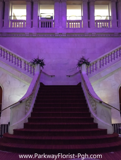 renaissance-hotel-grand-stairs-2016-10-07