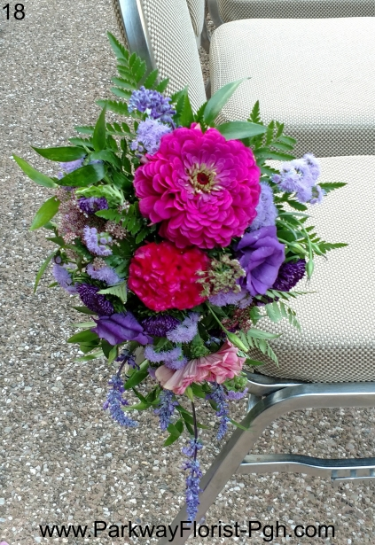Pew Flowers 18 B.jpg