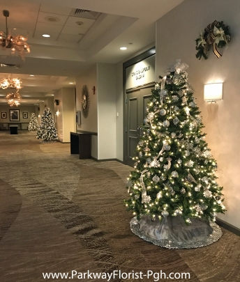 Marriott Grand Hallway & Banquet Trees